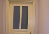 Drzwi wejściowe z masywu